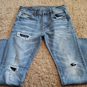 Like New AE Distressed Jeans